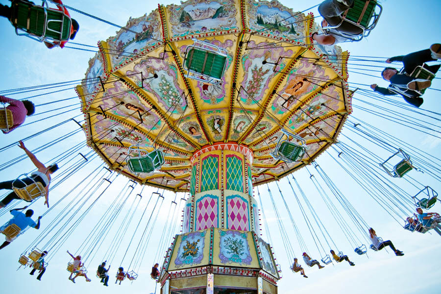 Photograph Carnival ride by Tom Cardoso on 500px
