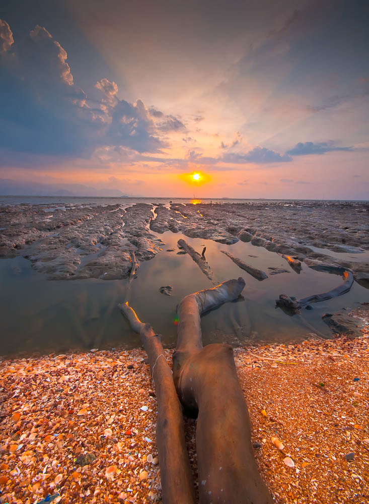 "Photograph ""the remaining waves"" by firdaus exia on 500px"