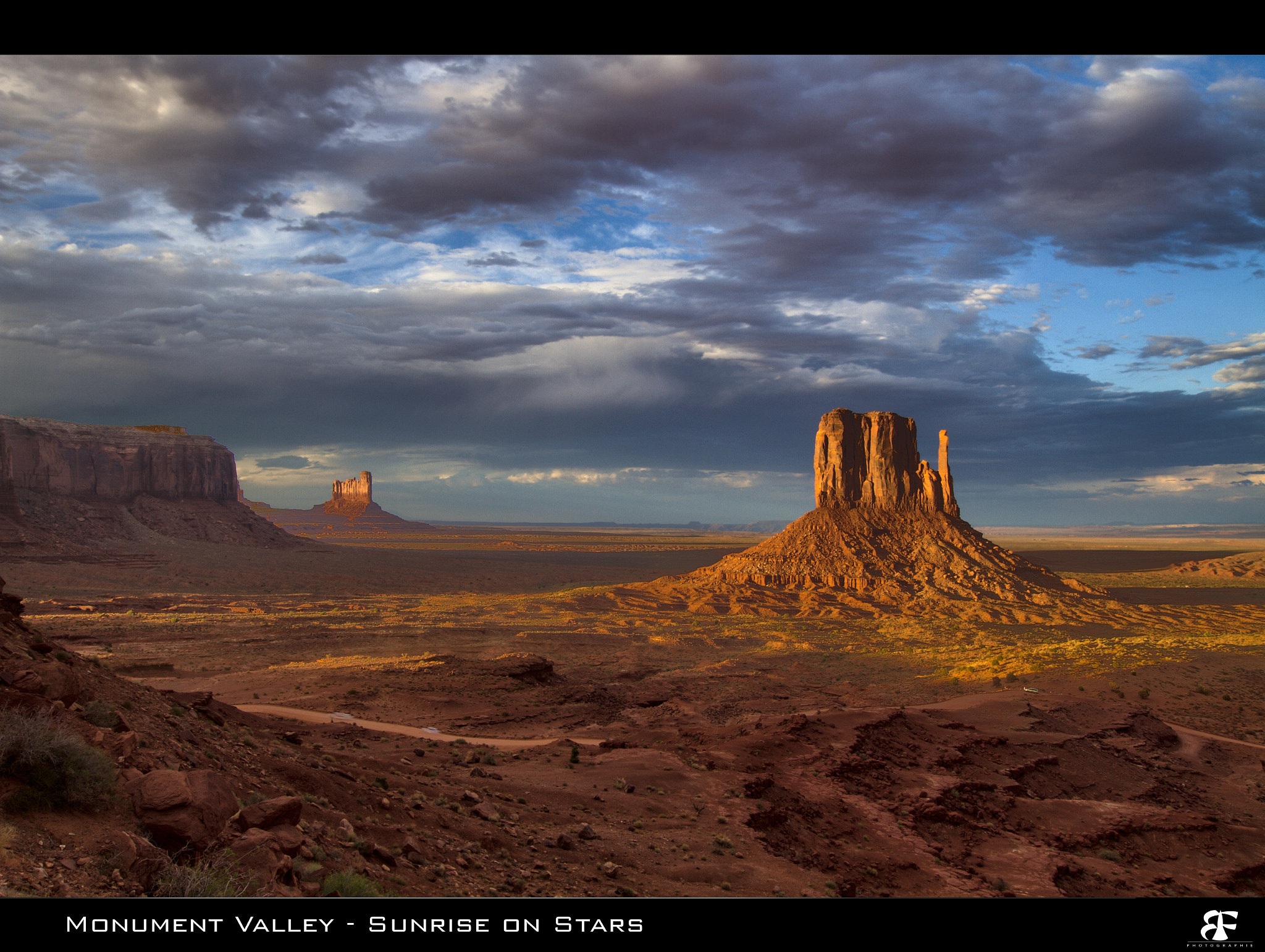Photograph Monument Valley - Sunrise on Stars by Fabien BELLANGER on 500px