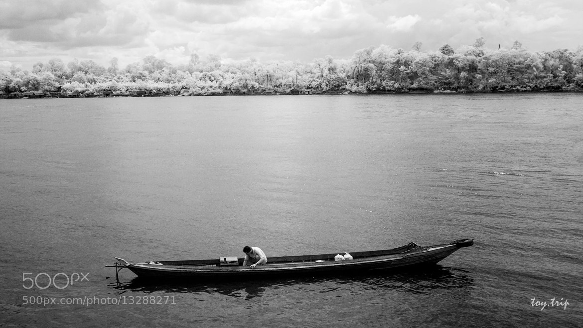 Photograph One man One boat by Toy Trip on 500px