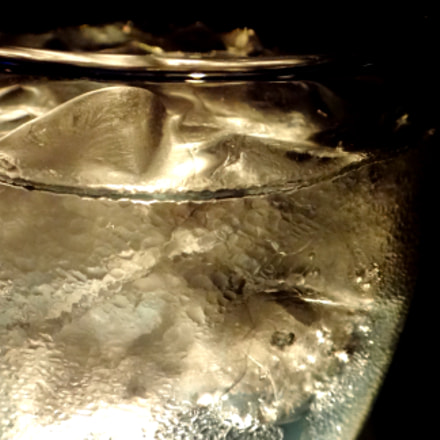water and ice, Sony DSC-TX55