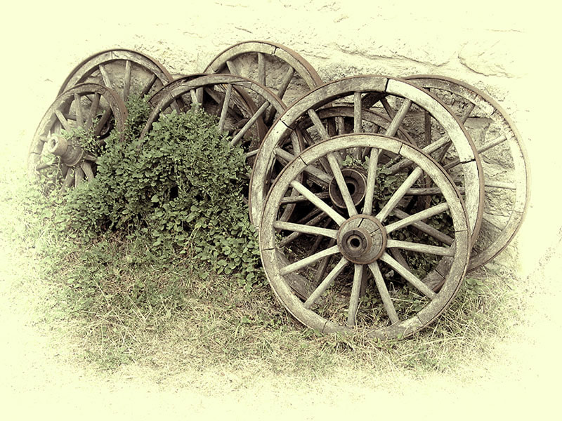 Photograph Old wheels by Andreas Kaspar on 500px