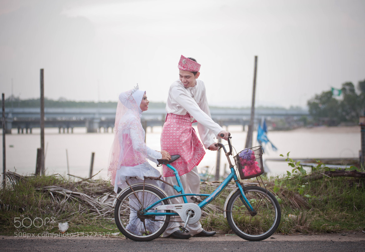 Photograph Rusydi + Fizah by Joe photo on 500px