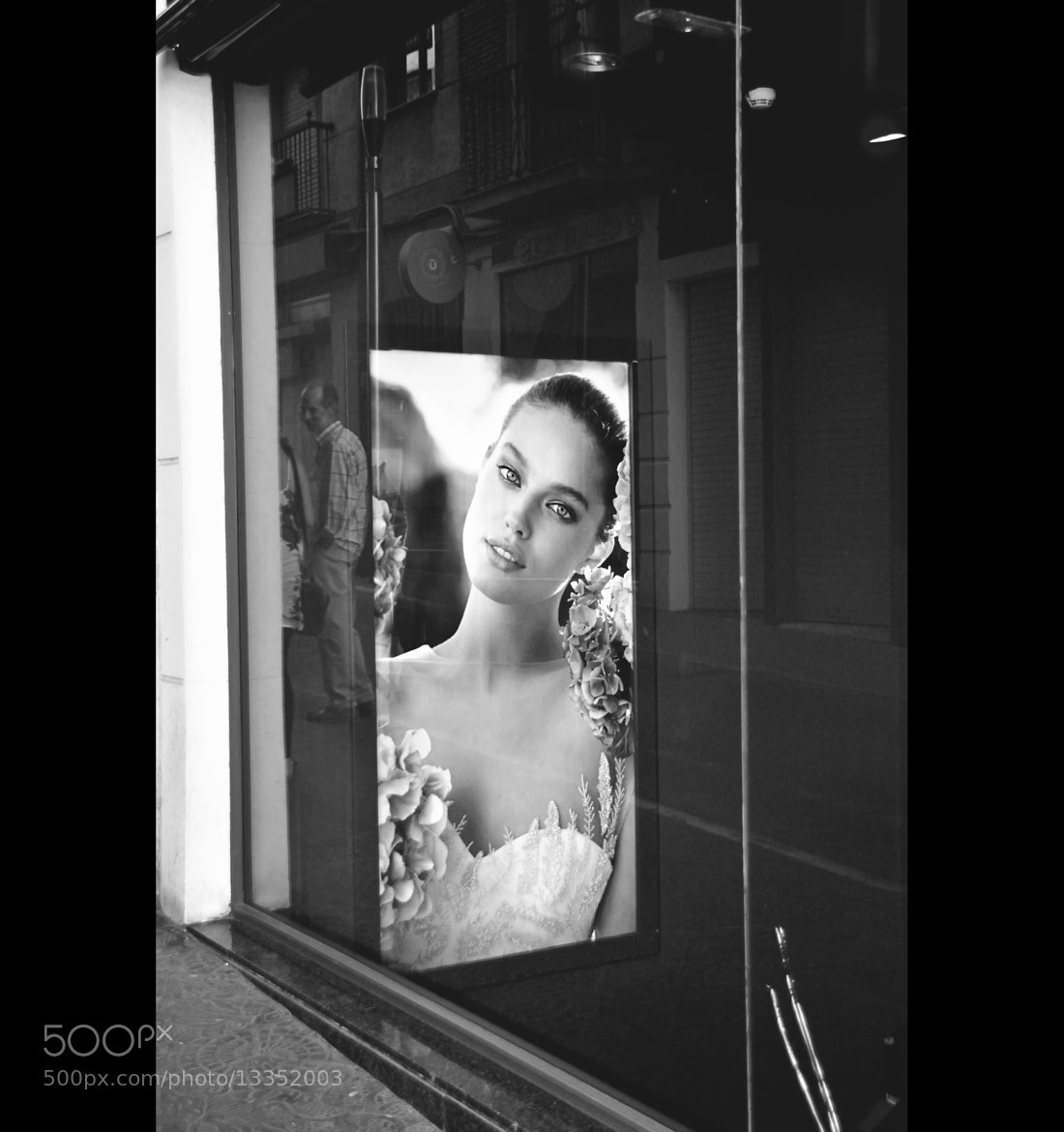 Photograph Gente Guapa by Miguel   on 500px