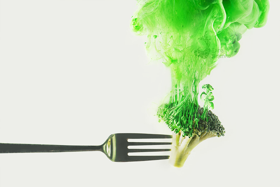 Disintegrated broccoli by Dina Belenko on 500px.com