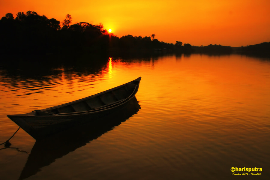 """Photograph """"The Silent Canoe"""" by Haris Putra on 500px"""