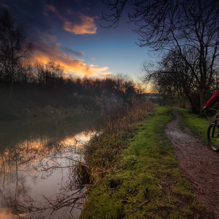 Morning bike trip, Canon EOS-1DS, Sigma 17-35mm f/2.8-4 EX DG Aspherical HSM
