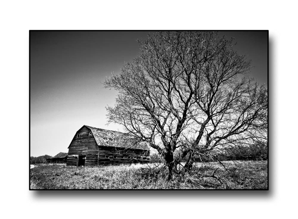 Photograph old barn b&w by Carl Thomasson on 500px