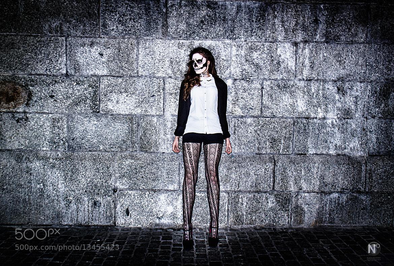Photograph The girl with the dead skull face by Nadja Osieka on 500px