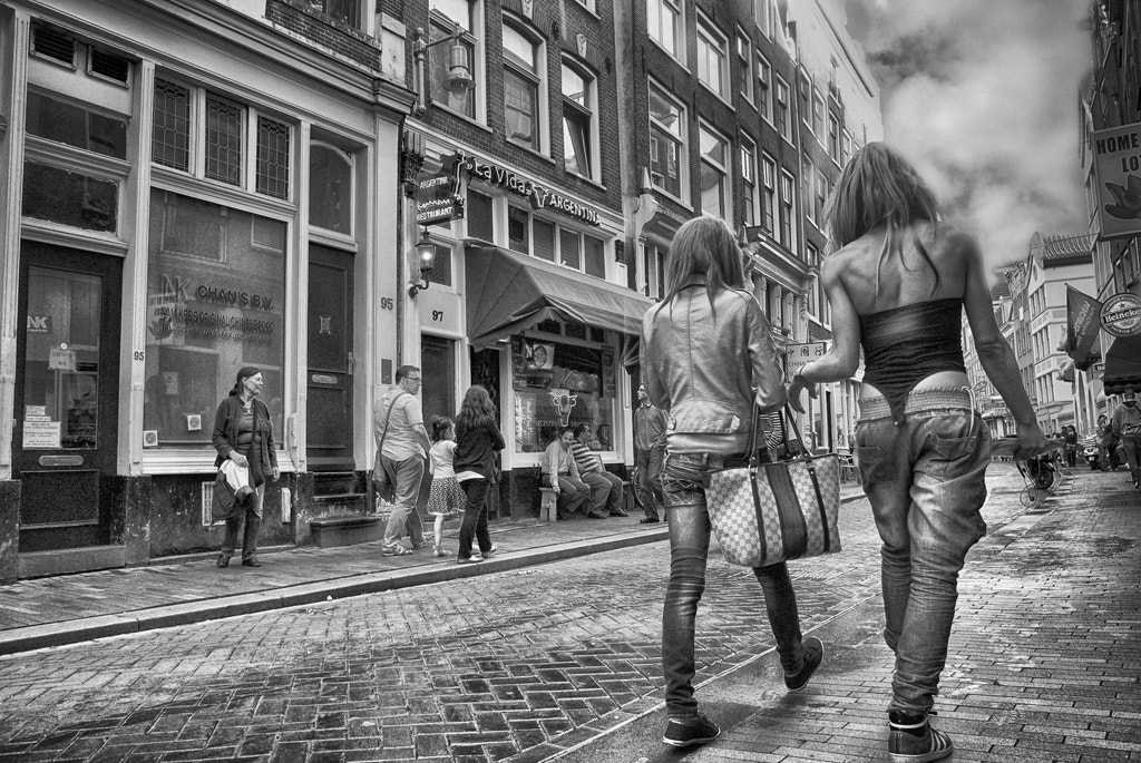 Photograph Sidewalk Traffic by Blindman shooting on 500px