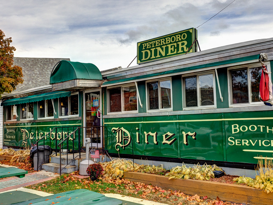 Peterborough Diner by John Poltrack on 500px.com