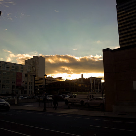 Breaking Sky Philly, Samsung SGH-I997
