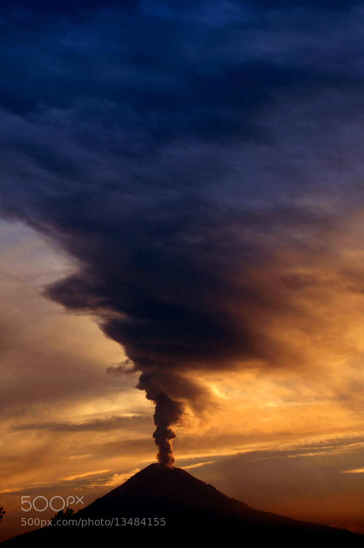 Photograph Volcano with big smoke by Cristobal Garciaferro Rubio on 500px