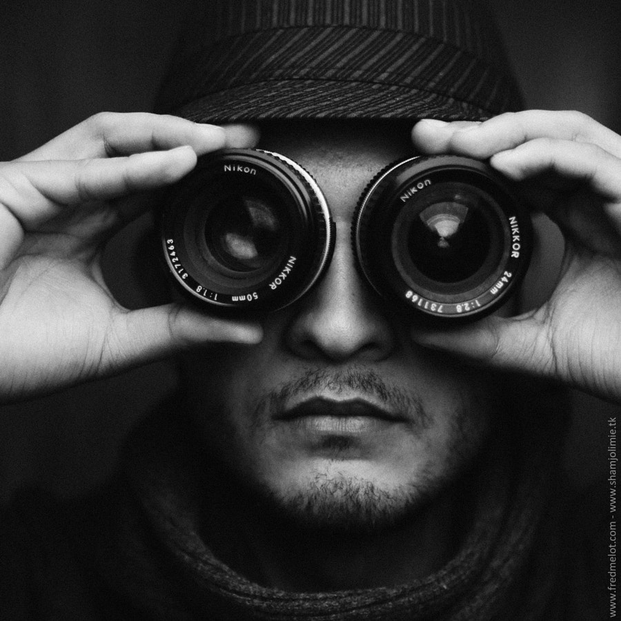 Photograph The Portraitist by Sham Jolimie on 500px