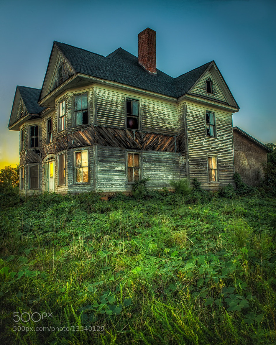 Photograph Haunted House by Ken Toney on 500px