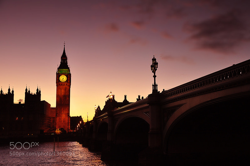 Photograph Big Ben Twilight by Tasan Phatthong on 500px