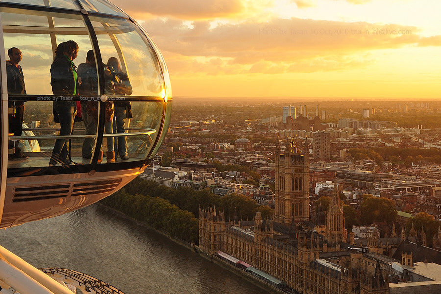 Photograph London Eye  by Tasan Phatthong on 500px