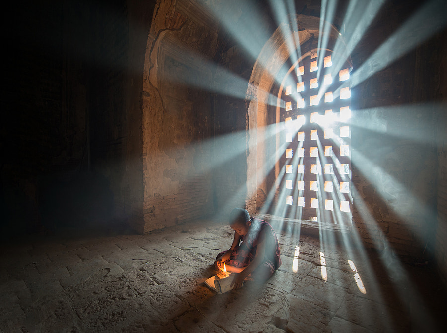 Light of hope by Sarawut Intarob on 500px.com
