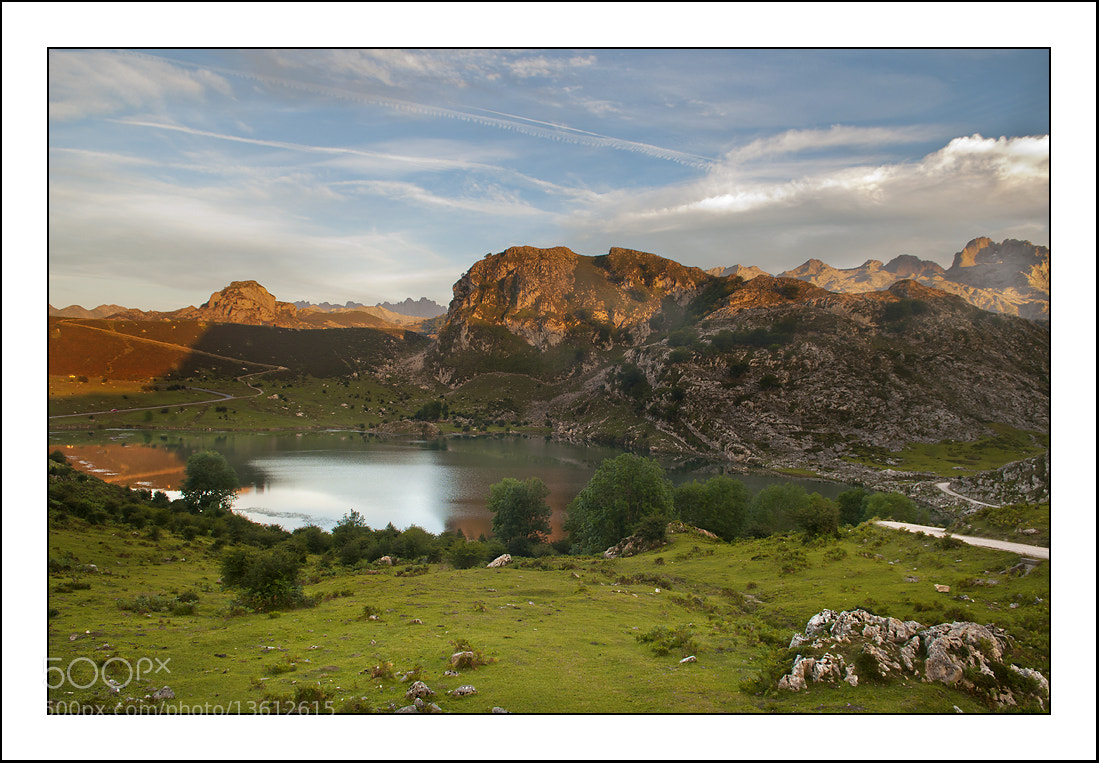 Photograph Lago de Enol (Asturias) by Paco  Zaragoza on 500px