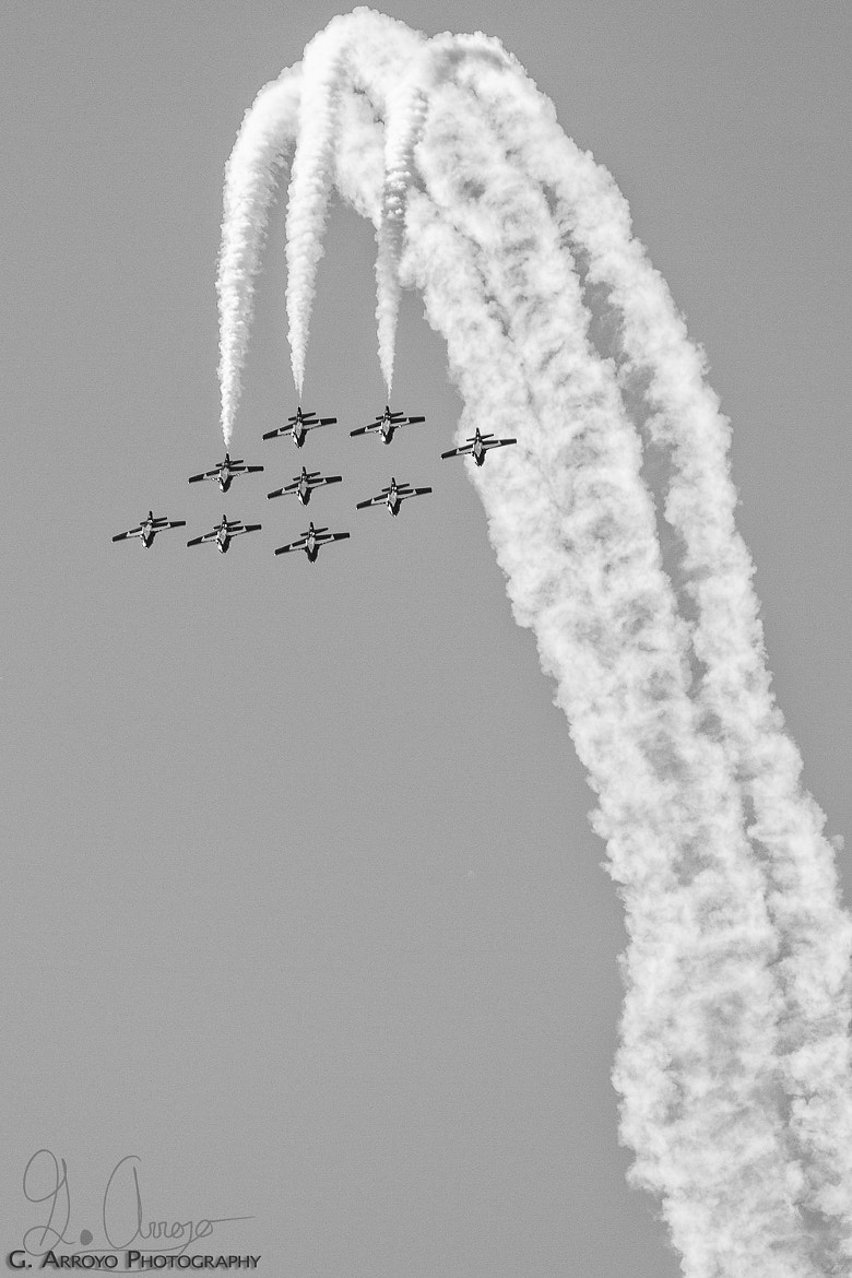 Photograph Snowbirds Loop by Giovanni Arroyo on 500px