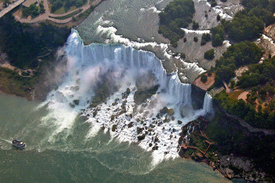 Photograph Niagara from a Helicopter by Carlos Gotay on 500px