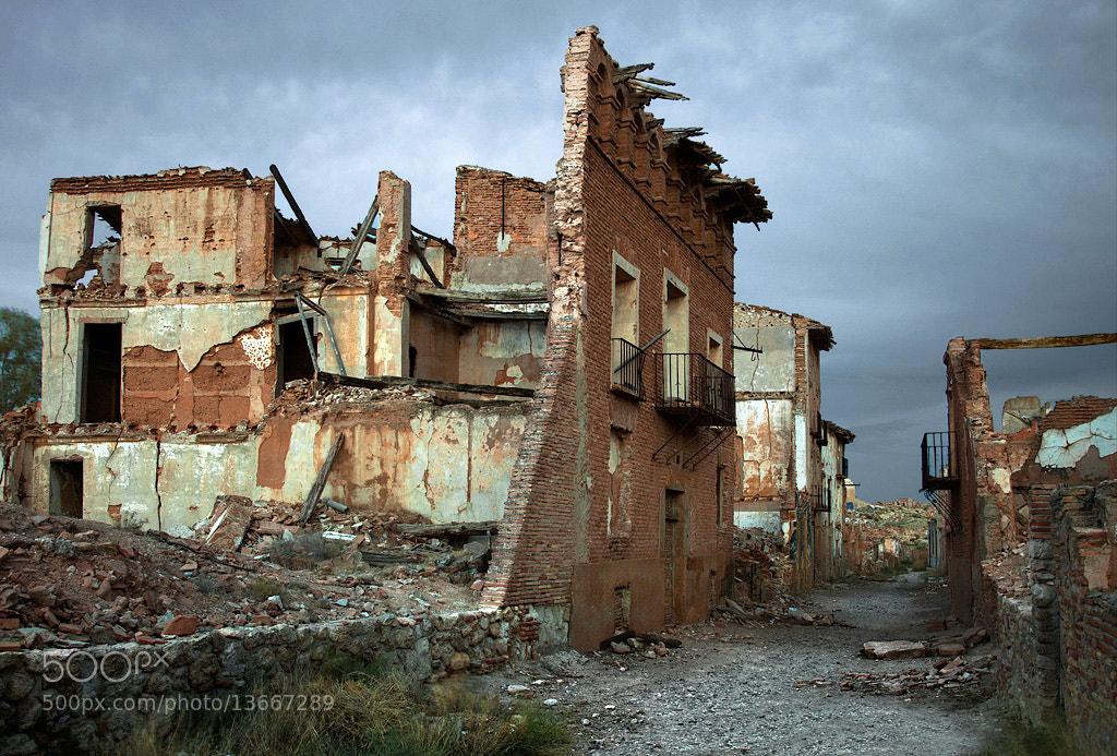 Photograph House entrails by Iñaki Gomez on 500px