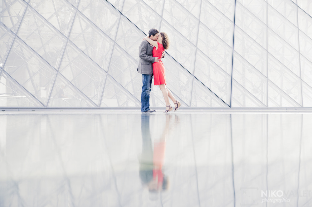 Photograph Love Louvre by Niko VALLET on 500px