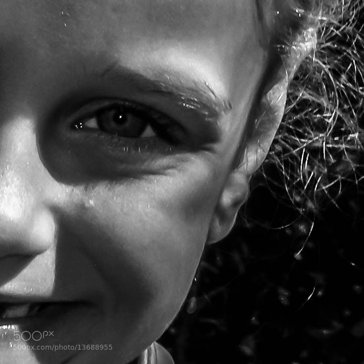 Photograph Smiling eye by Hector McKay on 500px