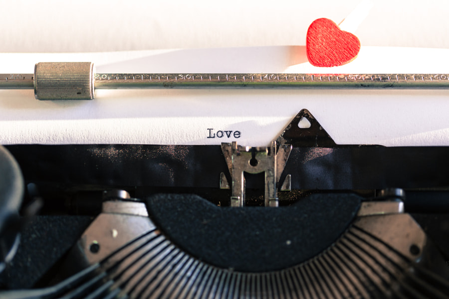 Old typewriter with words of love by 135pixels  on 500px.com