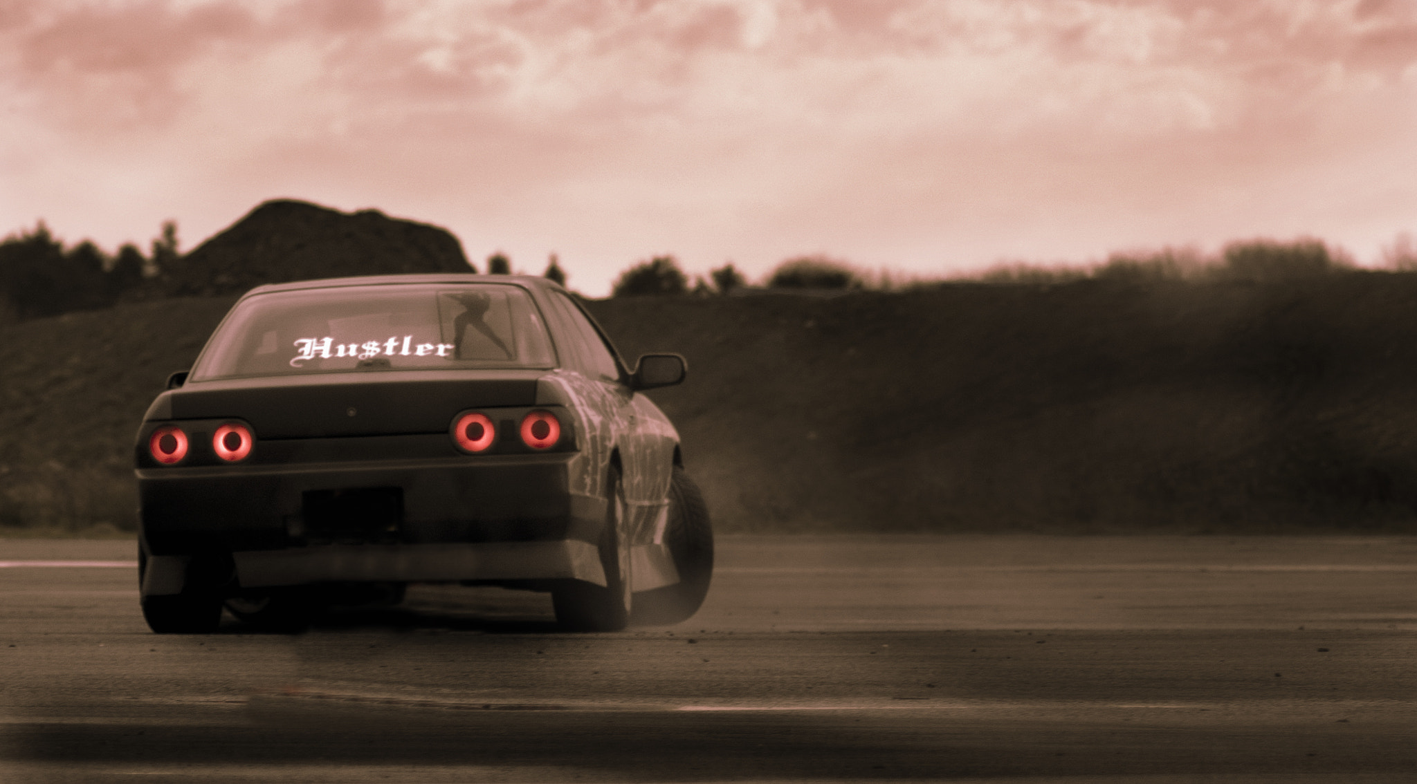 Photograph Hustler R32 by Matt Bell on 500px