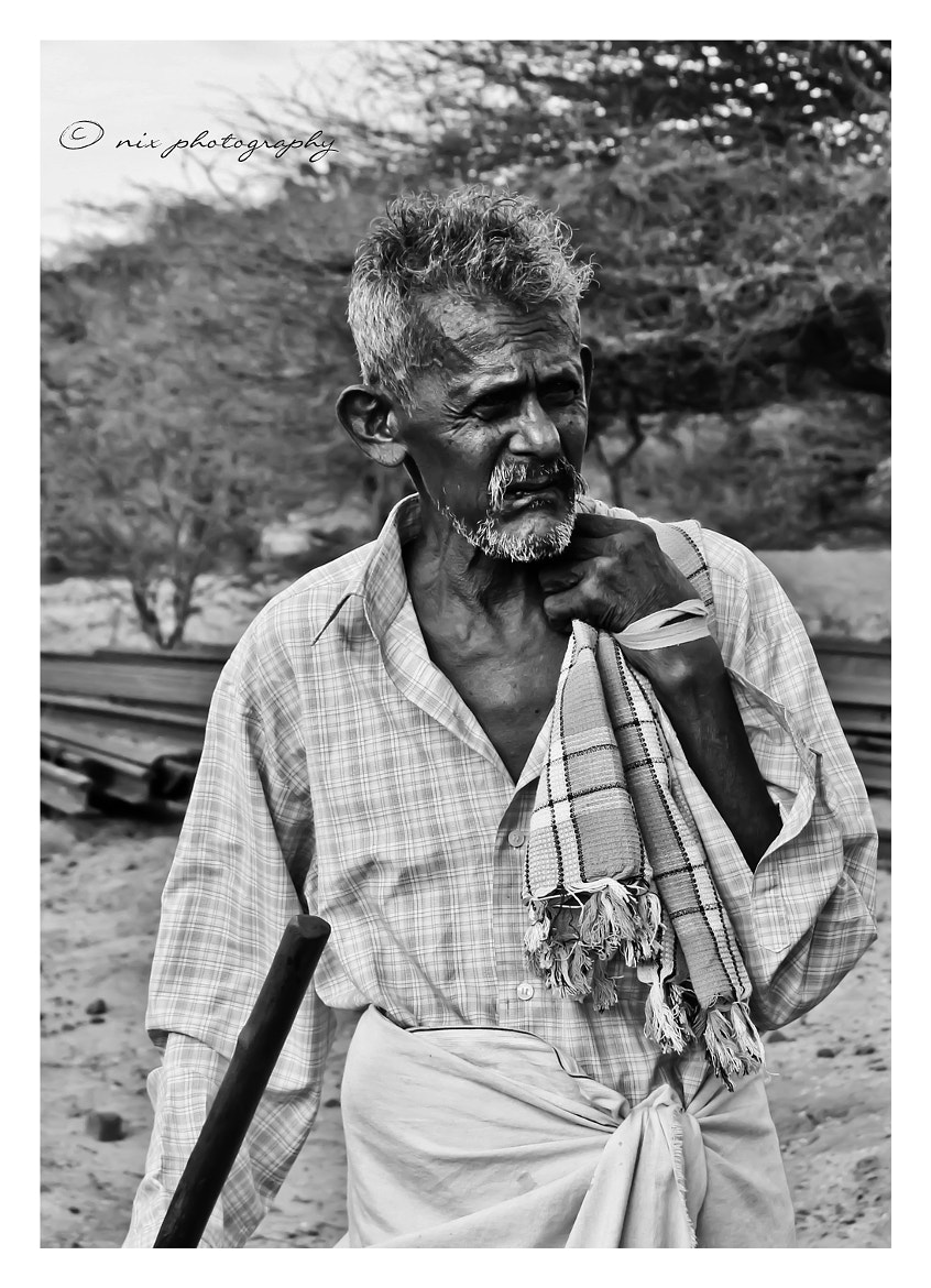 Photograph Heavy with years behind his back by Nithesh Kanth on 500px