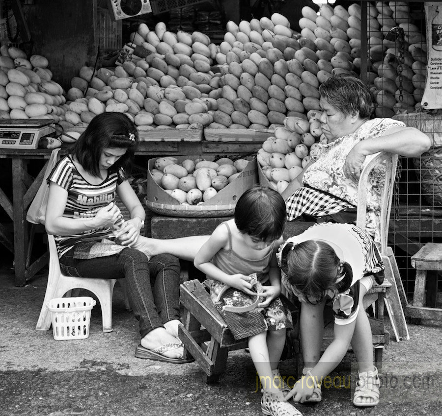 Photograph The mango stall by Jean-Marc Raveau on 500px