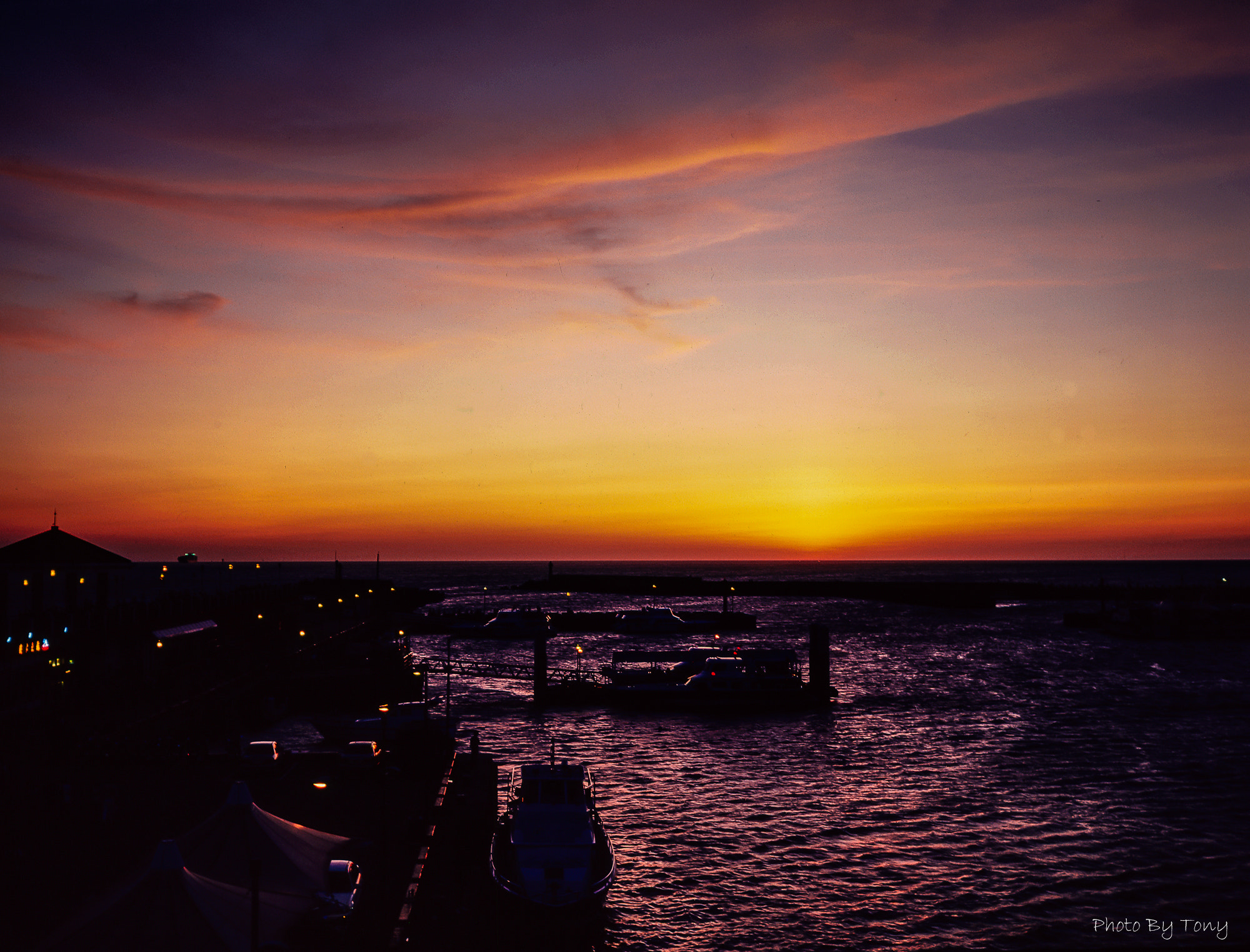 Photograph sunset in Tamsui by Tony Tu on 500px