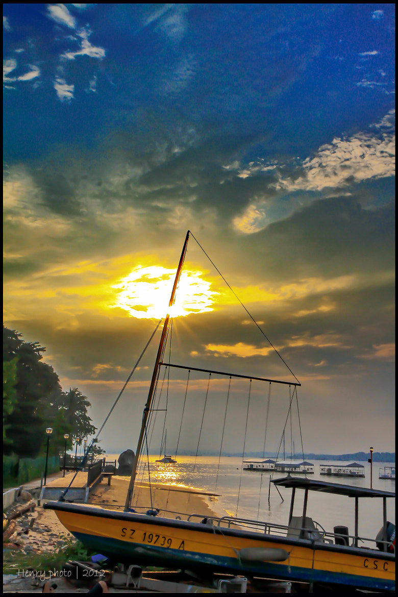Photograph - bERTh - by Chang Henry on 500px