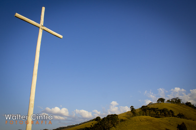 Photograph The Cross by Walter Cintra on 500px