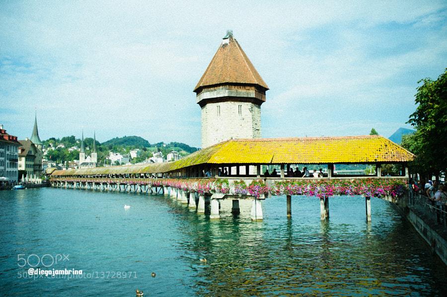 Puente de madera de Lucerna reconstruido by Diego Jambrina (Elhombredemackintosh) on 500px.com