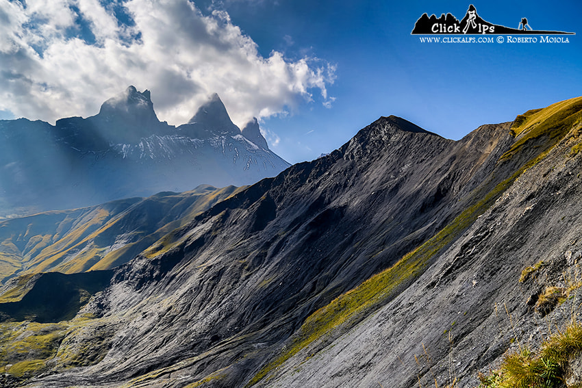 Photograph Les Aiguilles d'Arves by Roberto Sysa Moiola on 500px
