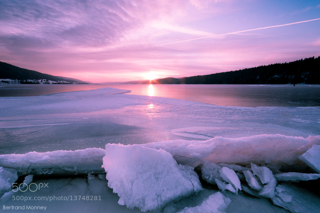 Photograph Lac de Joux  -22 c° by 1D110 Bertrand Monney on 500px