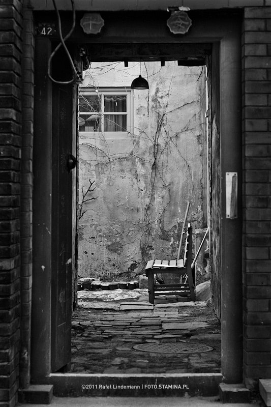 Photograph through the door by Rafał Lindemann on 500px