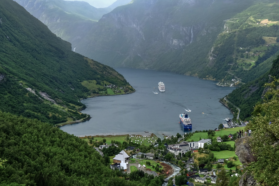 Geiranger by Raimundas Vaišnora on 500px.com