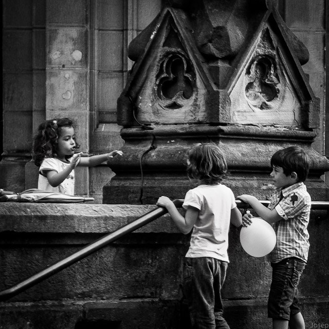 Photograph I also want a balloon by Josep Girona on 500px