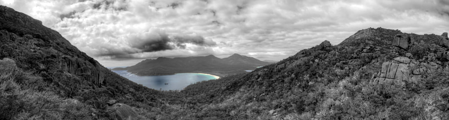 Wineglass Bay, Freycinet National Park, Tasmania.