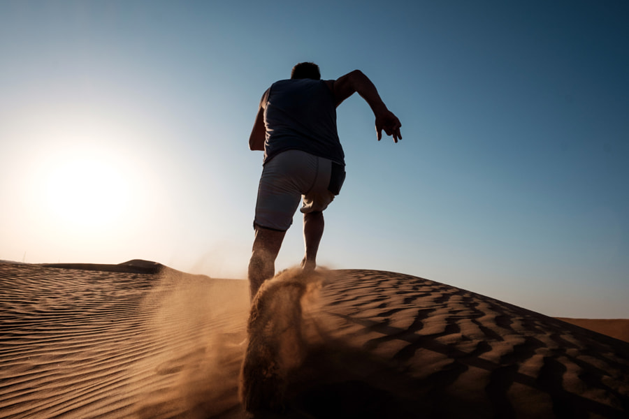 Running in the desert by Morten Byskov - 5050 Travelog on 500px.com