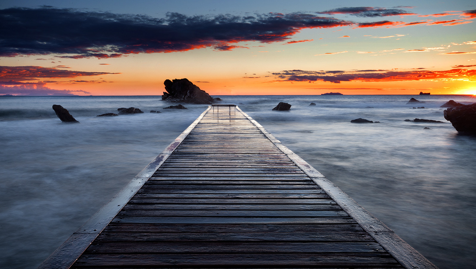 Photograph Wood pier by riccardo lubrano on 500px