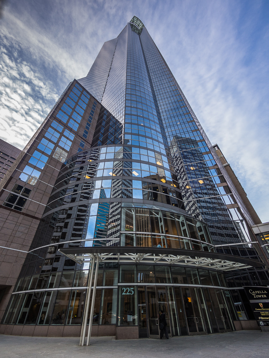 Photograph Capella Tower by Bob Israel on 500px