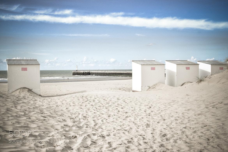 Photograph On the beach by Alain Van Deuren on 500px