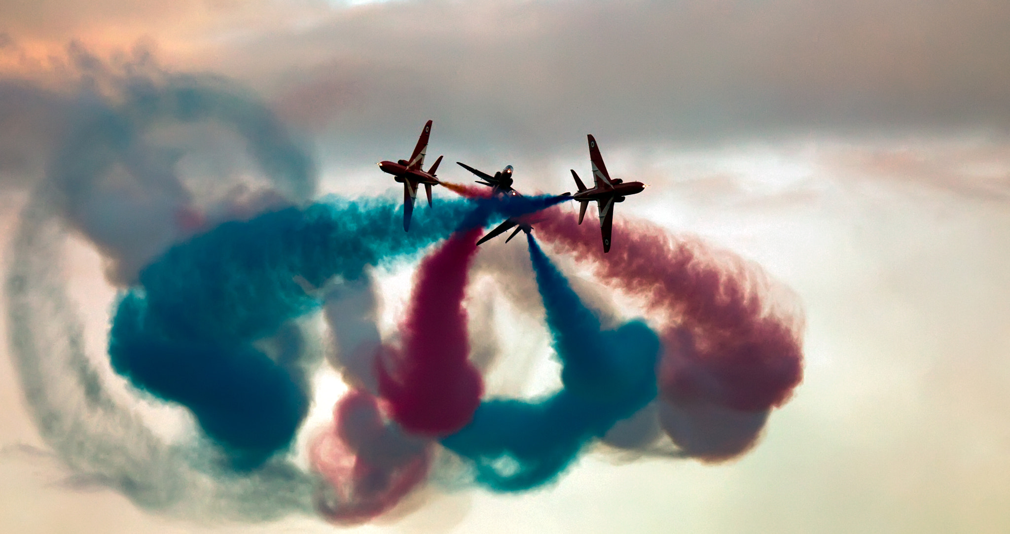 Photograph Red Arrows by Justin Bloom on 500px