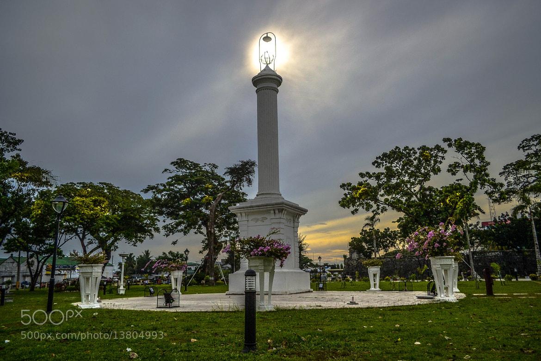 Photograph light post by junjie mañacap on 500px