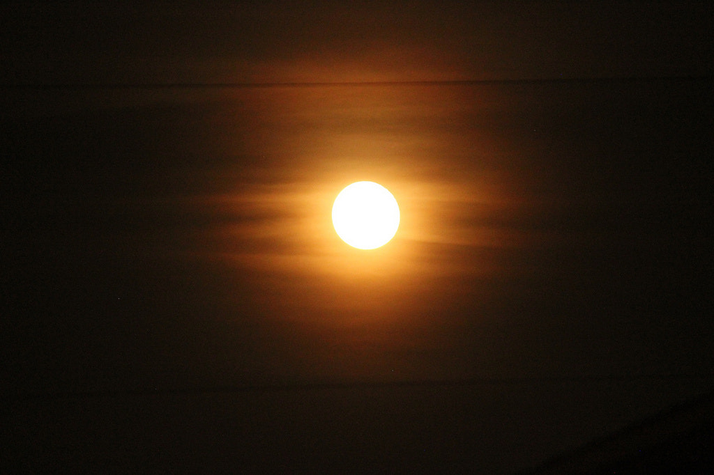 Photograph Sunlike moon by Kasey Eodice on 500px