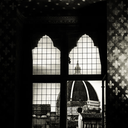 Duomo at the Window, Sony DSC-W390